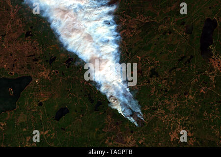 Wildfires in Alberta, Canada seen from space in May 2019 - contains modified Copernicus Sentinel Data (2019) - Stock Image