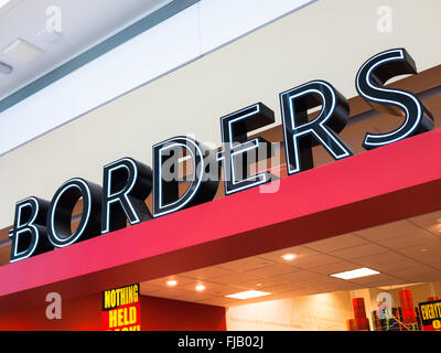 Borders books sign on a closing store. Founded in 1971, Borders filed for Chapter 11 bankruptcy in February of 2011. - Stock Image