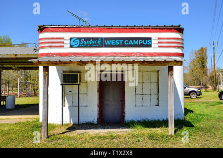Small church, Santuck Baptist Church, in an old formerly abandoned building in Santuck, rural Alabama, USA. - Stock Image