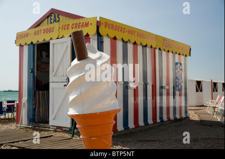Beach Kiosk, Ice Cream Sign, Dorset, UK - Stock Image
