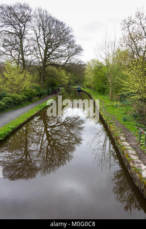 Peak Forest canal near Whaley Bridge. Begun in 1794, the canal saw its first traffic in 1796 and was completed by - Stock Image