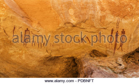 Canyon Style paintings on a rock wall. - Stock Image
