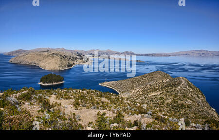 Panoramic view of Lake Titicaca from Isla del Sol, Bolivia - Stock Image
