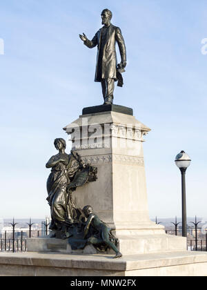 Statue of Alexander Mackenzie (1822-1892), PM of Canada (1873-1878): The statue was carved by Louis-Philippe Hébert in 1900 and placed on Parliament Hill in 1901. - Stock Image