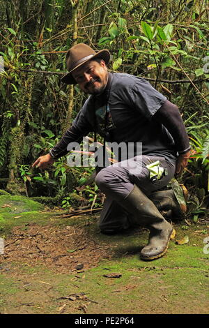 Xavier Munoz bird guide and tour leader with Neblina Forest  Nono-Mindo Road, Ecuador                February 2018 - Stock Image