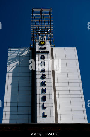 Bracknell Tower. Tall white modern building against a blue sky - Stock Image