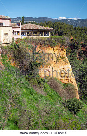 Roussillon village in Luberon - Provence (France) - Stock Image
