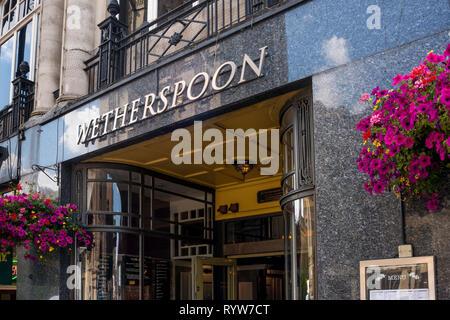Wetherspoon Pub, Bristol, UK - Stock Image