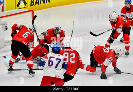 L-R Yannick Weber (SUI), Dominik Simon (CZE), Reto Berra (SUI), Michael Frolik (CZE), Simon Moser, Gaetan Hass, Roman Josi (all SUI) and Filip Hronek (CZE) in action during the match between Czech Republic and Switzerland within the 2019 IIHF World Championship in Bratislava, Slovakia, on May 21, 2019. Simon scores goal. (CTK Photo/Vit Simanek) - Stock Image
