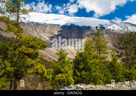 Landscapes Snow Mountains Nature Morning Viewpoint.Mountain Trekking Landscape Background. Nobody photo.Asia Horizontal - Stock Image