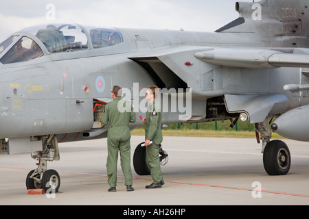 RAF Tornado aircraft maintenance during airshow in Brno 2007 - Stock Image