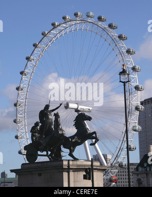 Statue of Boudicca and London Eye - Stock Image