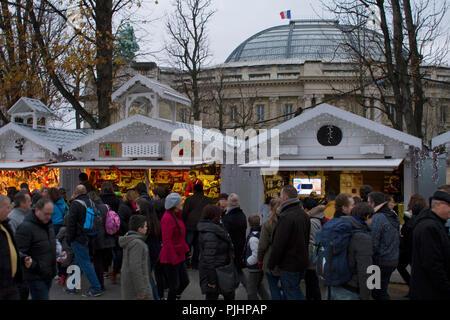 France, Paris, Champs-Elysees Avenue, Christmas market in december - Stock Image