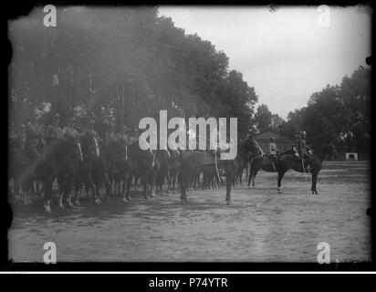 56 Narcyz Witczak-Witaczyński - 1 Szwadron 1 Pułku Strzelców konnych w koszarach w Garwolinie (107-460-2) - Stock Image