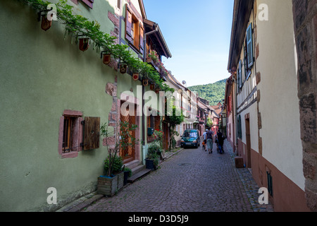 Streets of the old city center of Kaysersberg, Haut-Rhin, Alsace, France - Stock Image