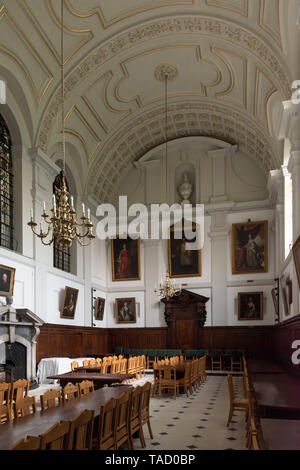 Queen's College dining hall, Oxford University, UK - Stock Image