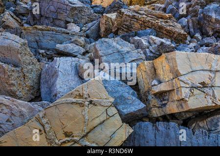 Canada, British Columbia, East Kootenay Mountains. Jumble of limestone rocks. - Stock Image