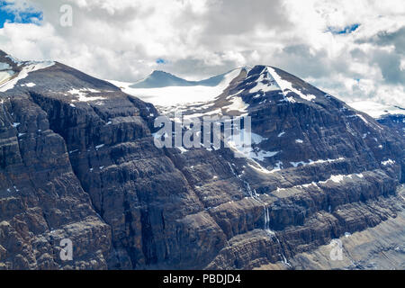 Big Ben Peak which is part of Saskatchewan Glacier flowing from the Columbia Icefields as seen from the crest of Parker Ridge on the Icefields Parkway - Stock Image