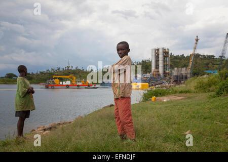 Kivuwatt biogas plant under construction on the edge of Lake Kivu, Rwanda - Stock Image