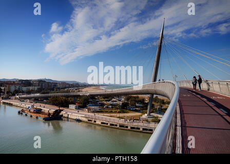 The Ponte del Mare or Bridge of the Sea, a cycle-pedestrian cable-stayed bridge located in the city of Pescara, Abruzza, Italy. - Stock Image