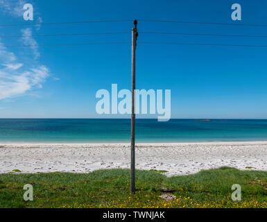 A study of minimalism on Stave beach, Vesteralen, Norway - Stock Image