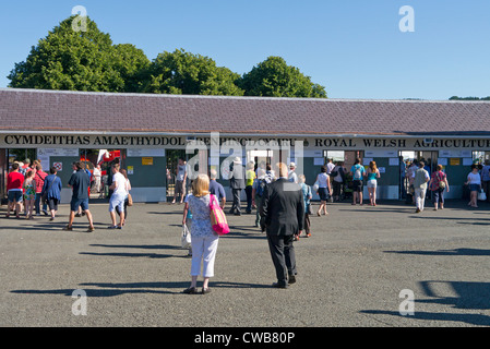People outside the Royal Welsh Show entrance, Llanelwedd, near Builth Wells, Wales UK. - Stock Image