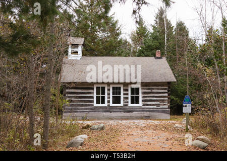 The Old Baily School House. 1907-1941. A one-room log schoolhouse built in 1907. It is now part of Sturgeon Point State Park. Harrisville, Michigan, U - Stock Image
