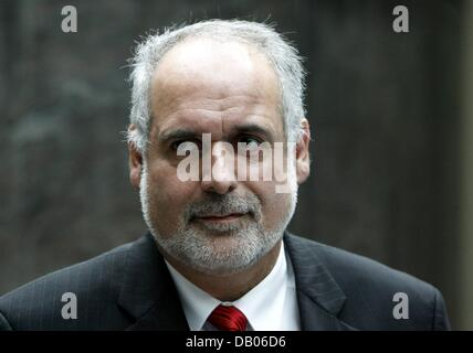 Bruno Thomauske, Managing Director of Vattenfall Europe Nuclear Engergy, pictured before a press conference in Hamburg, - Stock Image