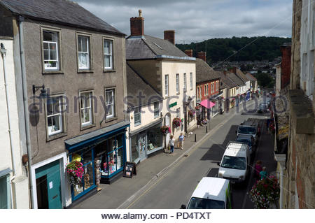 Wotton-under-Edge - view of Long Street in the Cotswold edge town, in Gloucestershire, UK. - Stock Image