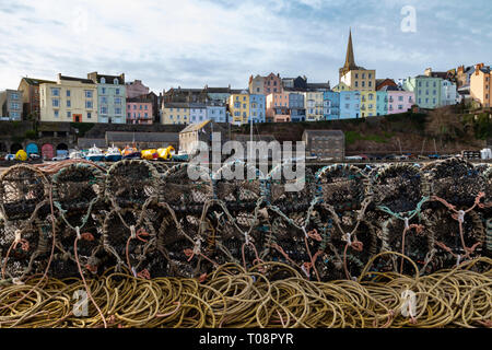 Tenby harbor in Carmarthen Bay - Tenby in Pembrokeshire on the south coast of Wales in the United Kingdom. - Stock Image
