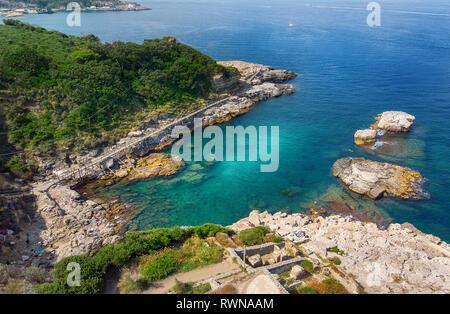 Bay of Regina Giovanna in Sorrento, Italy. Ruins of a large Roman vila from 1st Century AC - Stock Image