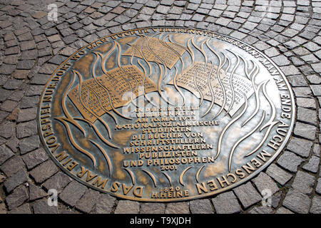 Memorial plaque on the Ršmer Platz burning of books by the Nazis, on May 19, 1933, Frankfurt am Main, Germany - Stock Image