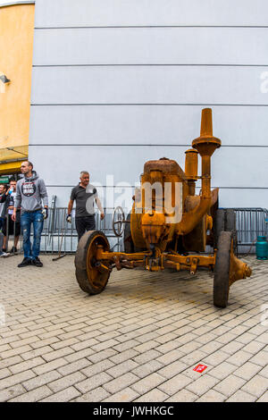 Bielsko-Biala, Poland. 12th Aug, 2017. International automotive trade fairs - MotoShow Bielsko-Biala. Front of an old german Lanz Bulldog tractor. Credit: Lukasz Obermann/Alamy Live News - Stock Image
