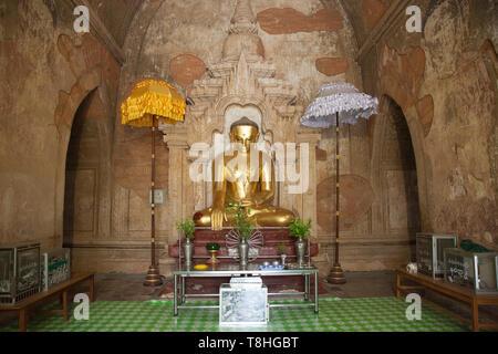 Htilominlo temple, Old Bagan and Nyaung U village area, Mandalay region, Myanmar, Asia - Stock Image