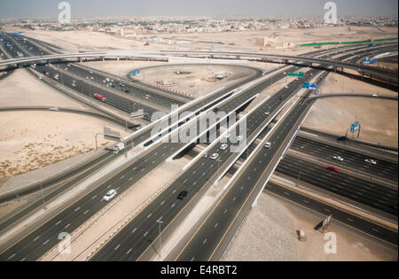 An aerial view of a traffic intersection on the main highway in Dubai UAE - Stock Image