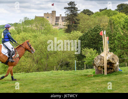 Rockingham Castle, Corby, UK. 21st May, 2017. Riding Fernhill, Zara Tindall (granddaughter of Queen Elizabeth II - Stock Image