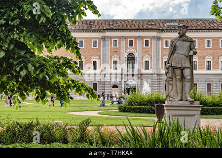 Italy Piedmont Turin Palazzo Reale - Royal Gardens - il Boschetto with Statuas - Stock Image