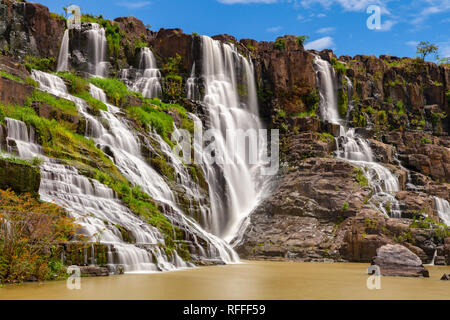 A long exposure of the beautiful Pongour waterfalls located near Dalat, Vietnam - Stock Image