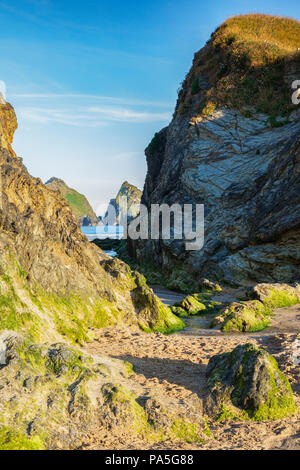 Holywell Beach, with a view through to Carters Rocks, Noirth Cornwall, UK - Stock Image