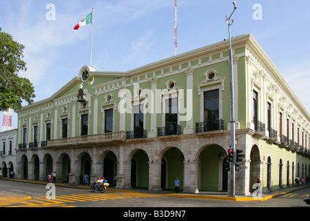 Spanish Colonial Style Architecture, Merida, Yucatan Peninsular, Mexico - Stock Image