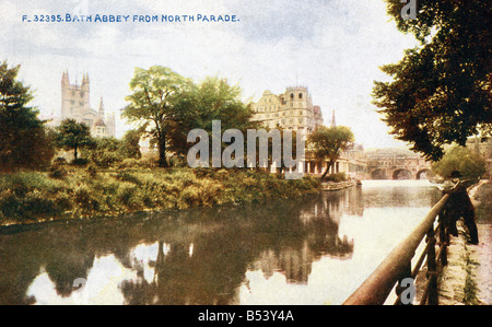 Old vintage picture postcard of Bath Abbey from North Parade  EDITORIAL USE ONLY - Stock Image