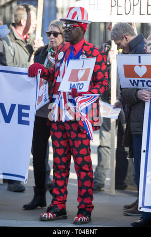 Members of Leave Means Leave hold demonstration opposite Downing Street, where the group handed in a letter for PM Theresa May, but had a Valentines Card turned away at the gate.  Featuring: Atmosphere, View Where: London, United Kingdom When: 14 Feb 2019 Credit: Wheatley/WENN - Stock Image