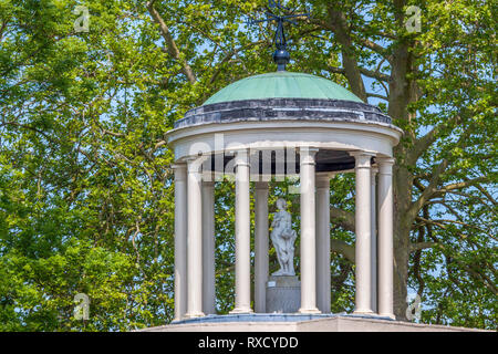Folly On Temple Island, River Thames, Henley On Thames, UK - Stock Image