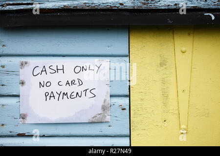 Cash only no card payments sign. - Stock Image