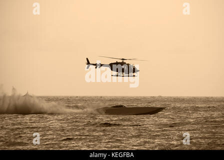 Helicopter racing boat - Stock Image