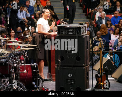 Chicago, Illinois, USA. 4th November 2018. Juliana Stratton, candidate for Lieutenant. The rally at UIC was a final push preceding the upcoming midterm general election this Tuesday, which many expect will be a wave election in favor of the Democrats. Credit: Todd Bannor/Alamy Live News - Stock Image