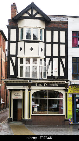 The Fountain pub in Humberstone Gate, Leicester, UK. - Stock Image