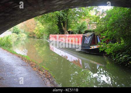Narrowboat on Oxford Canal near Jericho, Oxford - Stock Image