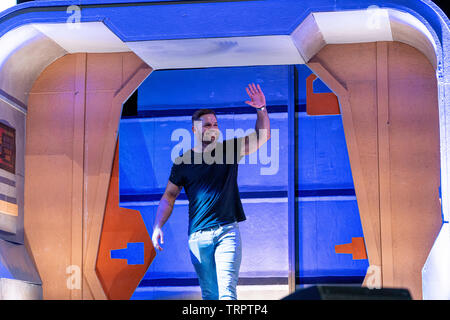 Bonn, Germany - June 8 2019: Wes Chatham (*1978, actor - The Expanse) entering the panel at FedCon 28, a four day sci-fi convention. FedCon 28 took place Jun 7-10 2019. - Stock Image
