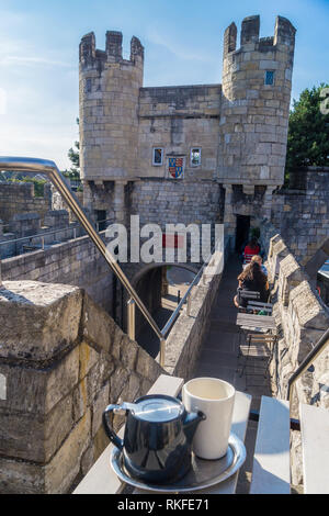 Walmgate Bar and barbican,12th-16th. century city gate, now Gatehouse Coffee bar, York, England - Stock Image